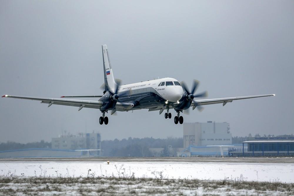 Putin hạ lệnh, máy bay Nga an toàn nhất đã xuất hiện: Đường băng cất - hạ cánh cũng rất ngắn! - Ảnh 7.