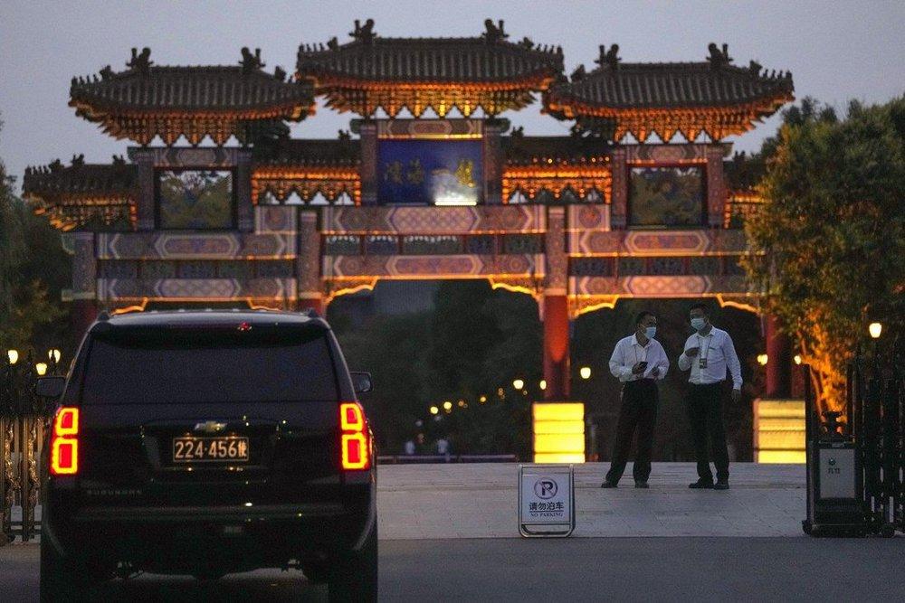 Chưa rời Thiên Tân, Thứ trưởng Mỹ bị giội gáo nước lạnh chưa từng thấy: TQ cầm tay chỉ việc Washington - Ảnh 2.