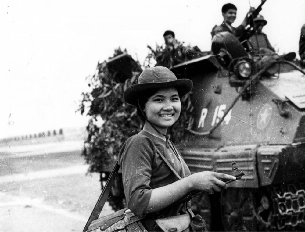 Kịch chiến, nhiều xe tăng ta bị bắn cháy ngay cửa ngõ Sài Gòn và điều kỳ diệu trong biển lửa - Ảnh 3.