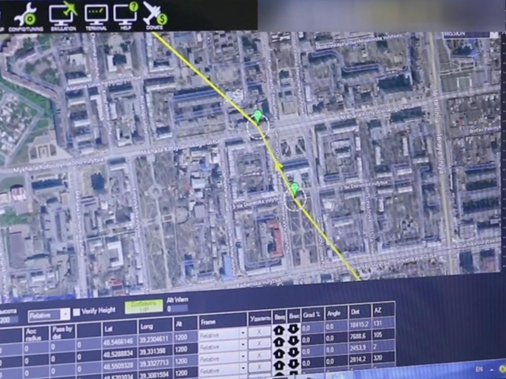 Từ dữ liệu mật trong chiếc UAV mới bị vít cổ tới những cái đầu nóng ở Ukraine: Donbass lại sắp bùng cháy? - Ảnh 1.