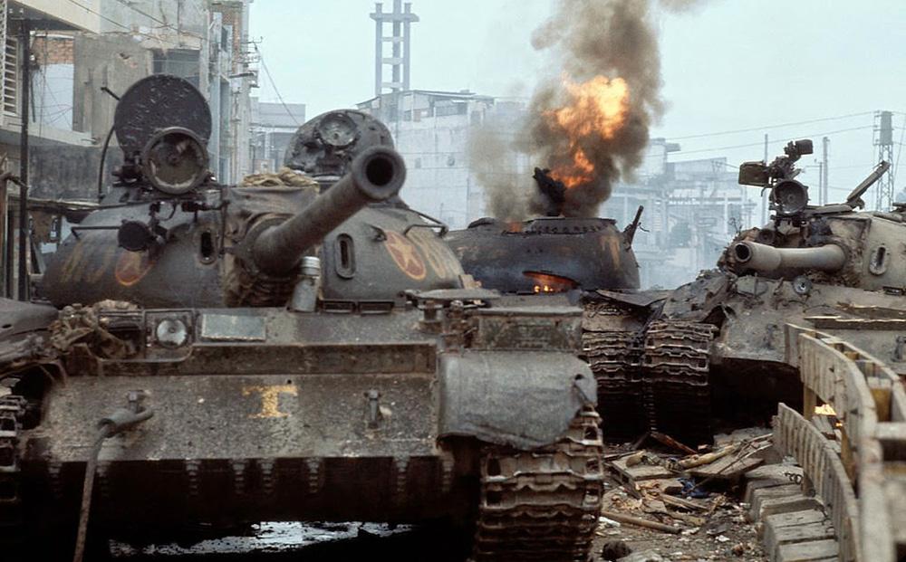 Kịch chiến, nhiều xe tăng ta bị bắn cháy ngay cửa ngõ Sài Gòn và điều kỳ diệu trong biển lửa