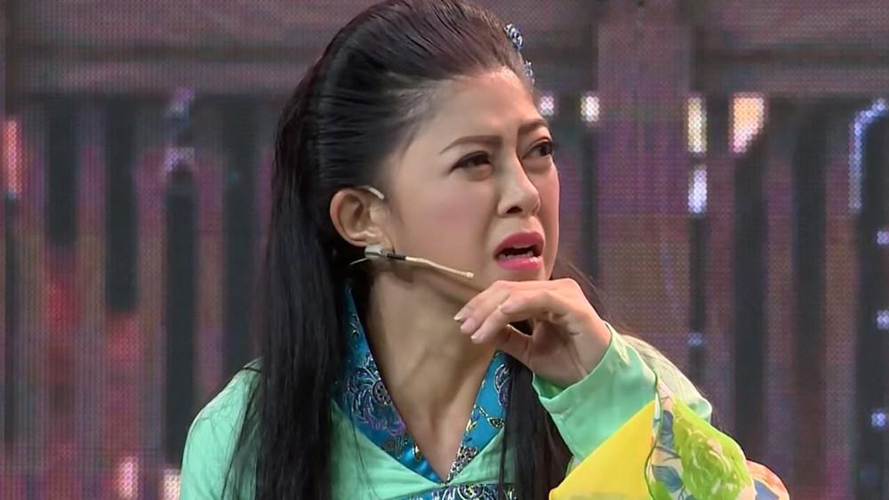 Diễn viên Hồng Trang diễn kịch online lấy tiền làm từ thiện: Tôi không muốn mình vô dụng - Ảnh 4.