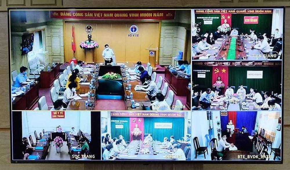 Thứ trưởng Đỗ Xuân Tuyên: Dự báo tình hình dịch của 4 tỉnh miền Tây sẽ còn diễn biến phức tạp hơn - Ảnh 1.
