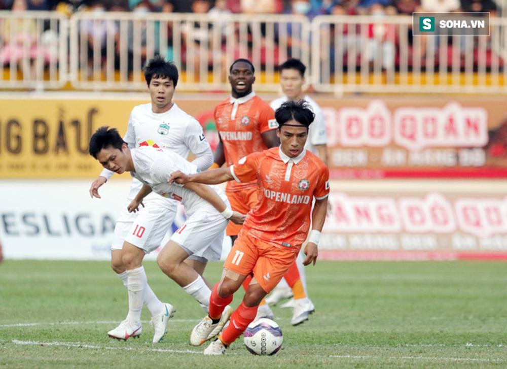 Tân binh tuyển Việt Nam tiết lộ điểm mạnh giúp mình lọt vào mắt xanh của HLV Park Hang-seo - Ảnh 1.