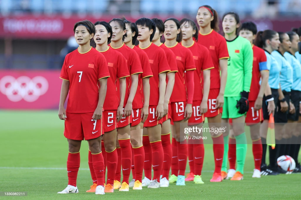 Thua tơi tả tới 8 bàn, tuyển Trung Quốc bị loại khỏi Olympic với thành tích thảm họa - Ảnh 1.