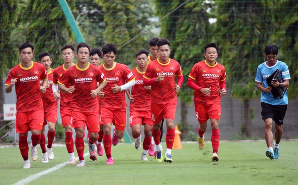 """Sau nghi án vô kỷ luật, """"truyền nhân Quang Hải"""" được thầy Park gọi trở lại U22 Việt Nam"""