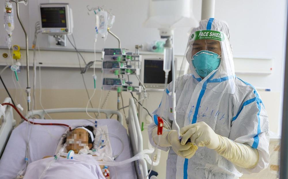 Việt Nam ghi nhận thêm 106 ca tử vong do Covid-19 trong 8 ngày