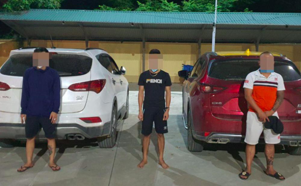 Đang giãn cách xã hội, 3 thanh niên ở Hà Nội tụ tập uống rượu tại khu kinh tế núi Áng Bằng
