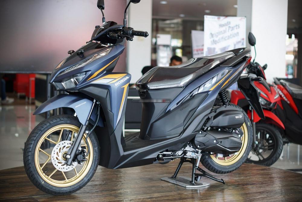 Đẹp lấn át Honda Air Blade, xe tay ga giá 33 triệu về Việt Nam có gì? - Ảnh 1.