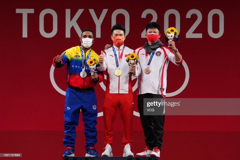 Olympic chứng kiến phần thi tài gây sốc, lực sĩ ĐNÁ tạo kỳ tích khiến tất cả choáng váng - Ảnh 5.