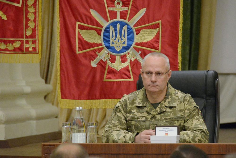 Cú thay ngựa giữa dòng của QĐ Ukraine: Donbass sẽ một lần nữa tới bờ vực chiến tranh? - Ảnh 1.