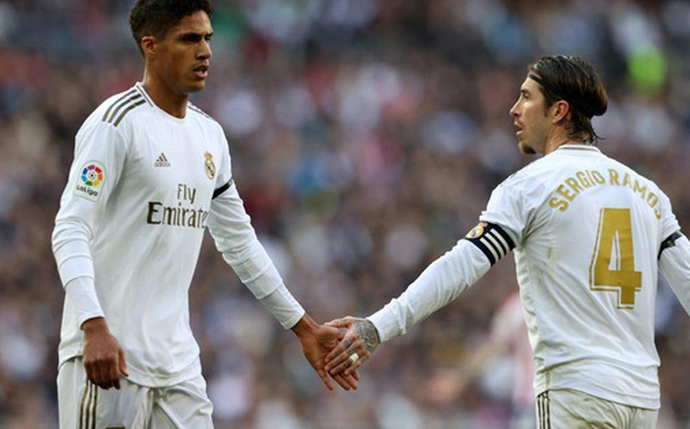 Sergio Ramos gửi tin nhắn chia tay đầy mùi mẫn cho Raphael Varane