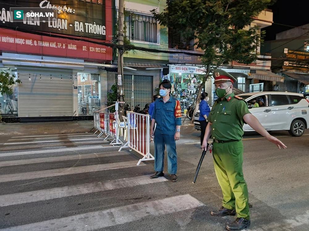 Cận cảnh đường phố Đà Nẵng khi thực hiện Chỉ thị 05, với các biện pháp mạnh hơn Chỉ thị 16 - Ảnh 2.