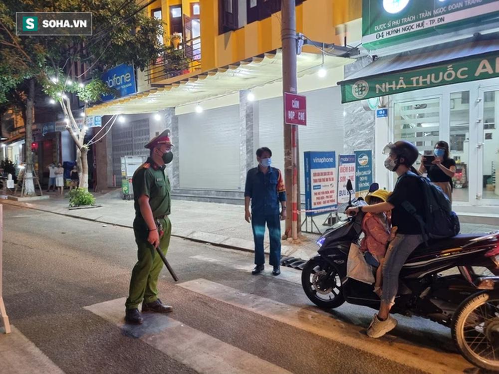 Cận cảnh đường phố Đà Nẵng khi thực hiện Chỉ thị 05, với các biện pháp mạnh hơn Chỉ thị 16 - Ảnh 5.