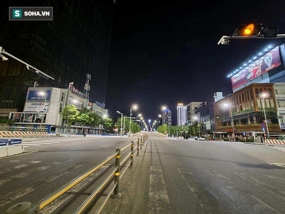 Cận cảnh đường phố Đà Nẵng khi thực hiện Chỉ thị 05, với các biện pháp mạnh hơn Chỉ thị 16 - Ảnh 6.