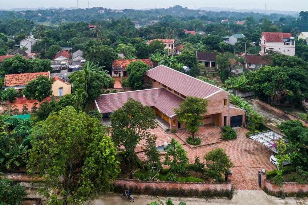 Mê mẩn với nhà gạch gỗ xoan nhiều cửa ở Phú Thọ - Ảnh 16.