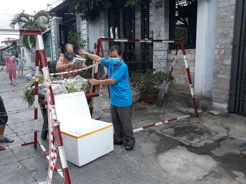 Người dân Quảng Bình gửi 3 tấn cá đặc sản hỗ trợ người Sài Gòn trong mùa dịch - Ảnh 1.