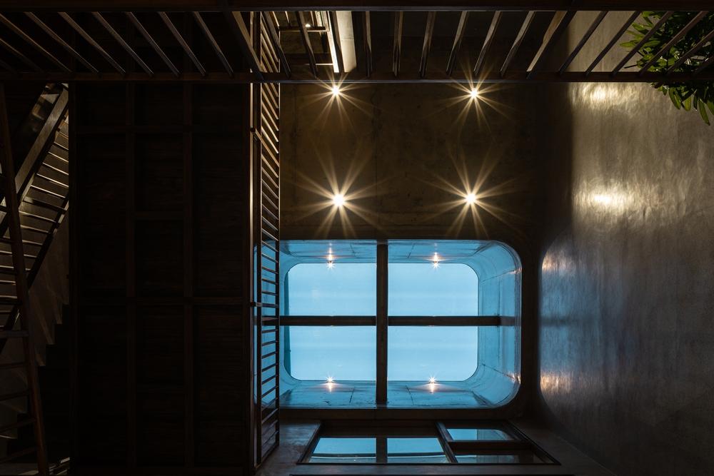 Tp.HCM: Ngôi nhà hệ phong thủy từ phòng ngủ, vệ sinh cho đến tủ đựng đồ lên báo Mỹ - Ảnh 11.