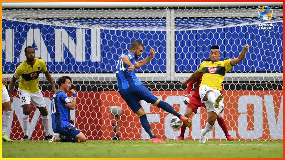 Sớm thi đấu hơn người, đội bóng Đông Nam Á vẫn bị nhà ĐKVĐ châu Á quật ngã - Ảnh 1.