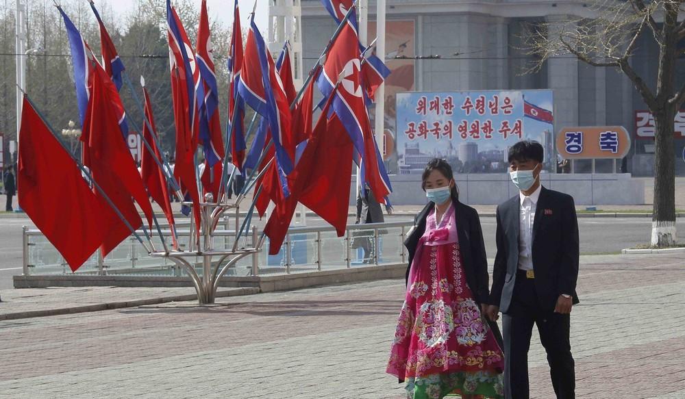 Thay đổi hình ảnh chóng vánh: Ông Kim Jong Un còn lá bài bí mật để chặn đứng nguy cơ nạn đói - Ảnh 3.