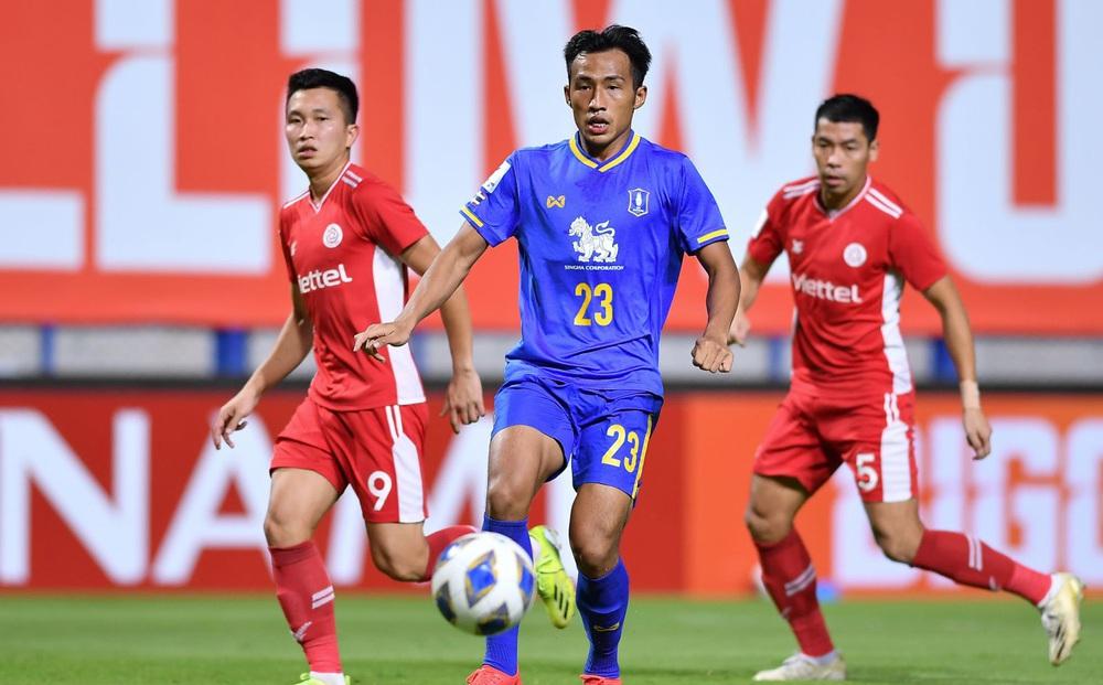 Fan Việt Nam - Thái Lan khẩu chiến sau trận thua đau của Viettel