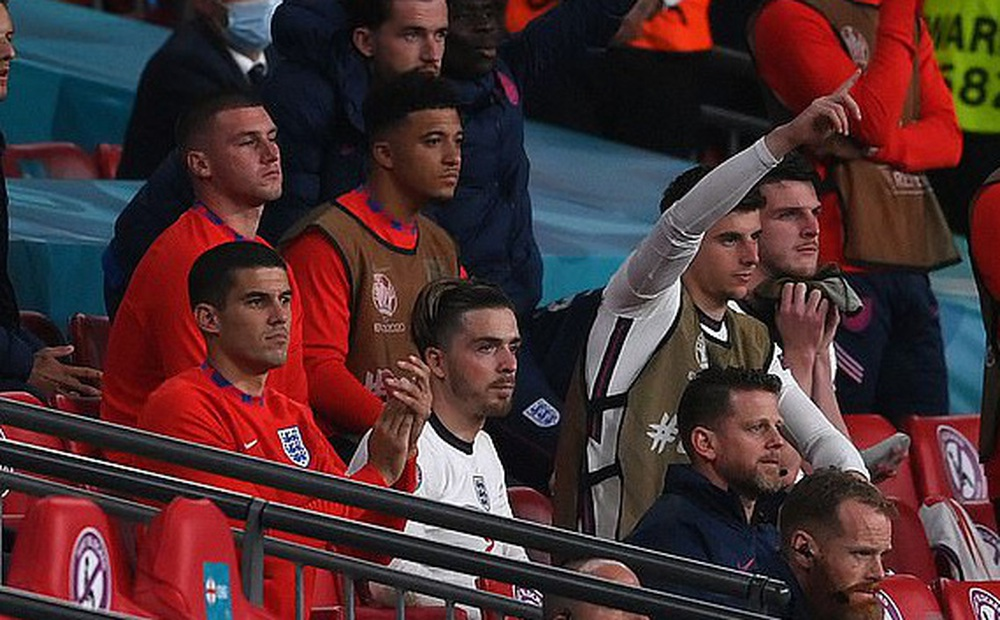 Euro 2020: Thay người kỳ quặc, HLV đội tuyển Anh khiến học trò bị tổn thương sâu sắc?