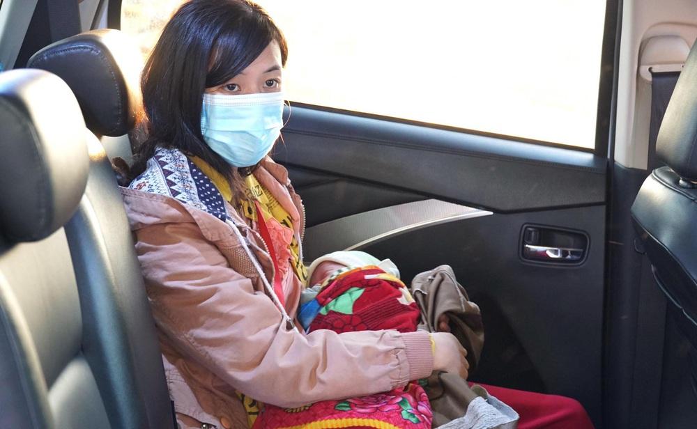 Hành trình bé 10 ngày tuổi vượt 1.500km về quê cùng bố mẹ: Được nhiều người giúp đỡ, về đến quê, vợ con khỏe là em hạnh phúc lắm! - Ảnh 4.