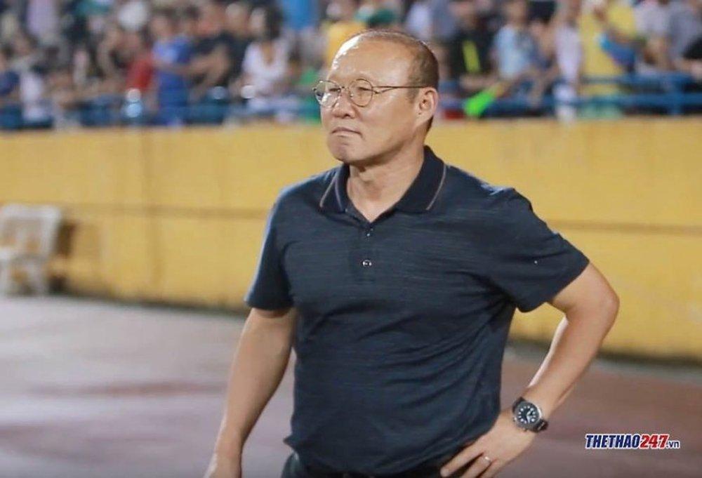HLV Park nhắc khéo về hợp đồng với VFF - Ảnh 1.