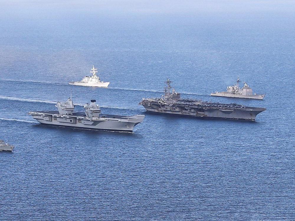 Cả chục tàu chiến NATO bị Nga bế lên bờ: Sốc trước sức mạnh tác chiến điện tử vô song - Ảnh 3.
