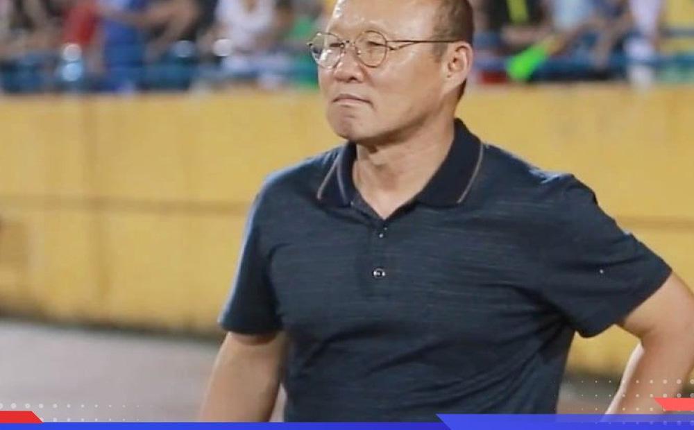 HLV Park 'nhắc khéo' về hợp đồng với VFF