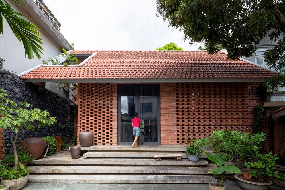 Ngôi nhà gạch thiết kế ngẫu hứng trên sườn đồi ở Sơn La xuất hiện trên báo Mỹ - Ảnh 16.