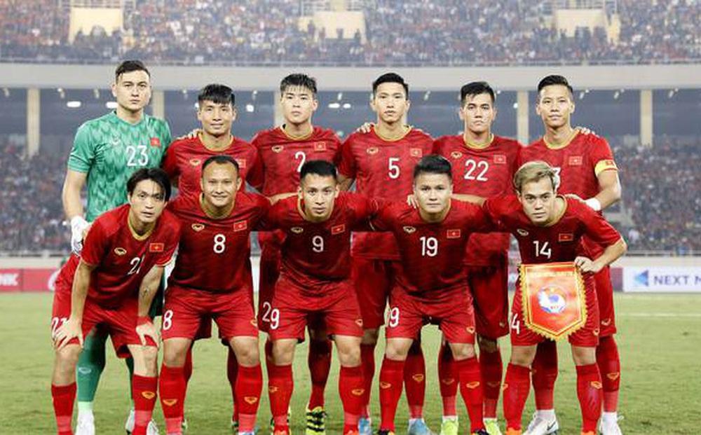 """Báo Trung Quốc nhắc tới bầu Đức, ví tuyển Việt Nam như """"cỗ máy theo mô hình bóng đá châu Âu"""""""
