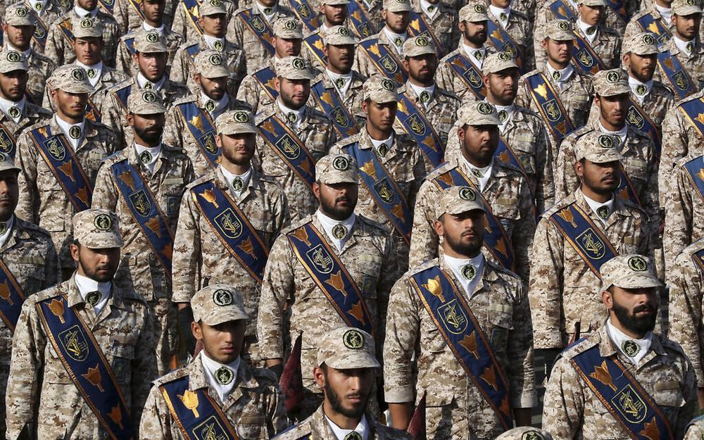 Israel-Iran nóng rực: Hai khối liên minh giương cung bạt kiếm - Trung Đông kề miệng hố chiến tranh? - Ảnh 2.