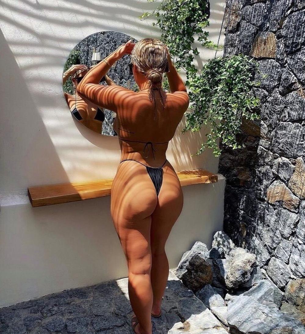 Nữ cầu thủ sexy khoe thân, kiếm sống trên trang web nhạy cảm sau scandal tranh cãi - Ảnh 5.