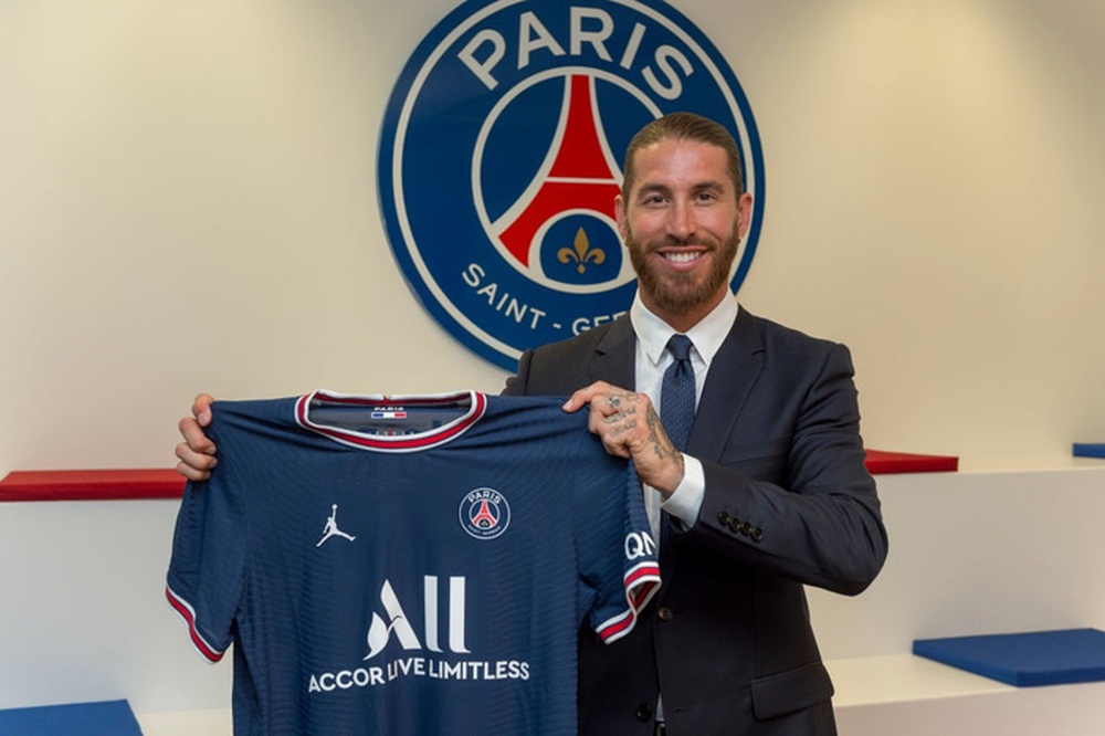Thật bất ngờ: Messi từ chối nhận lót tay để gia nhập Paris Saint-Germain - Ảnh 2.