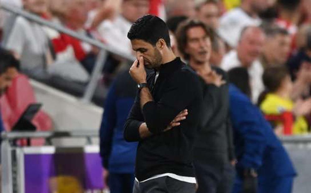 Arsenal thua sốc, HLV Arteta cay đắng nói gì?