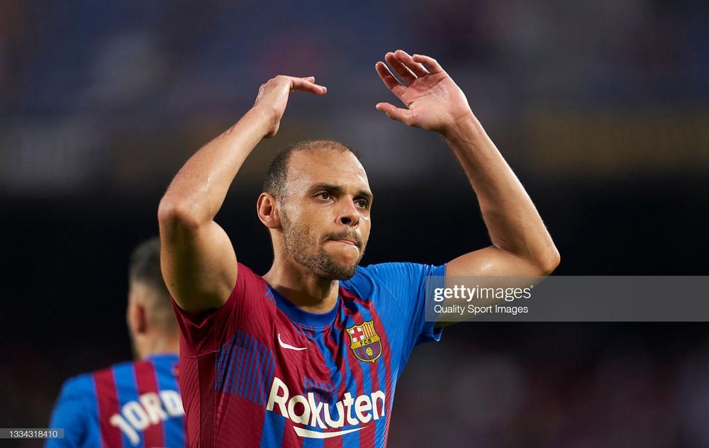 Nhân vật không ai ngờ tỏa sáng, Barcelona thắng kịch tính trong trận đầu tiên thời hậu Messi - Ảnh 2.