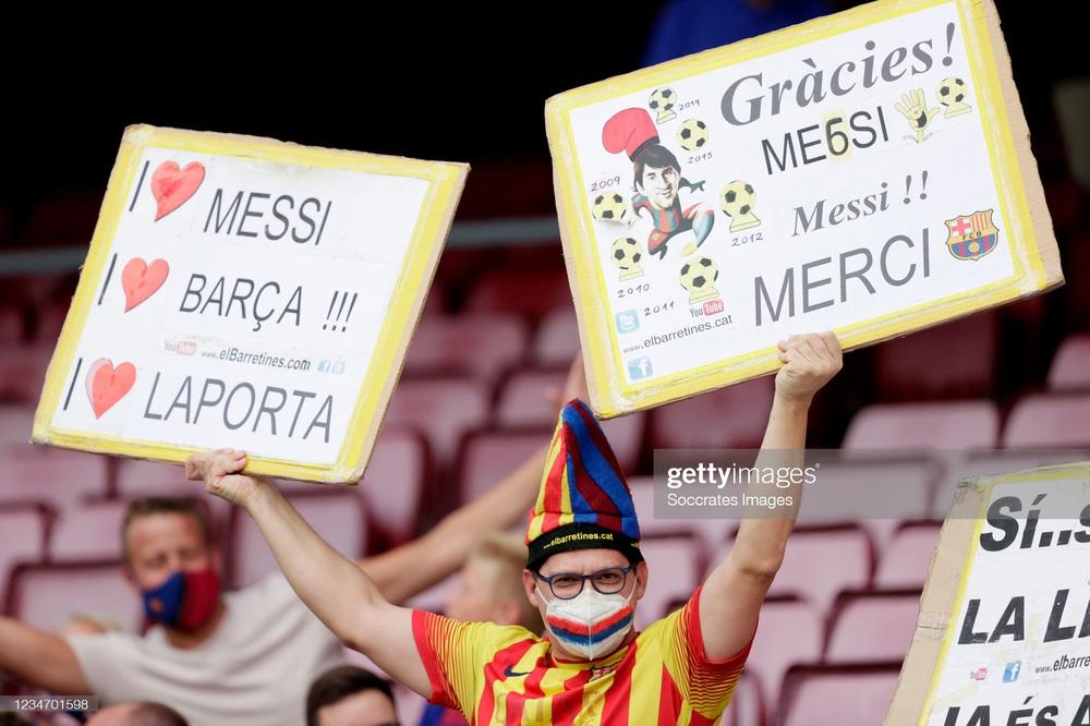 Nhân vật không ai ngờ tỏa sáng, Barcelona thắng kịch tính trong trận đầu tiên thời hậu Messi - Ảnh 3.