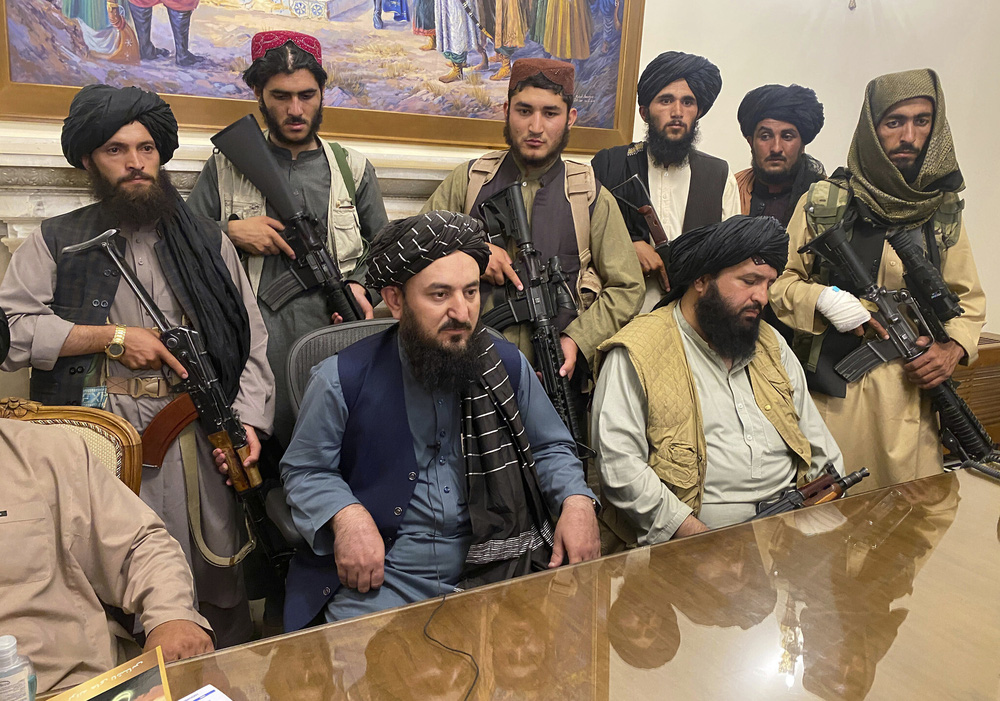 Quá nhanh, quá nguy hiểm, Bão Taliban khiến Mỹ-NATO không kịp trở tay ở Afghanistan! - Ảnh 4.