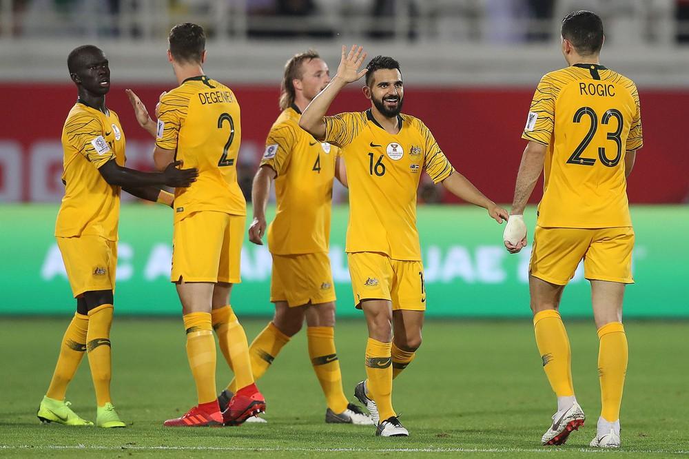 Australia sẽ đả bại Trung Quốc; Việt Nam đủ sức cầm chân Saudi Arabia - Ảnh 4.