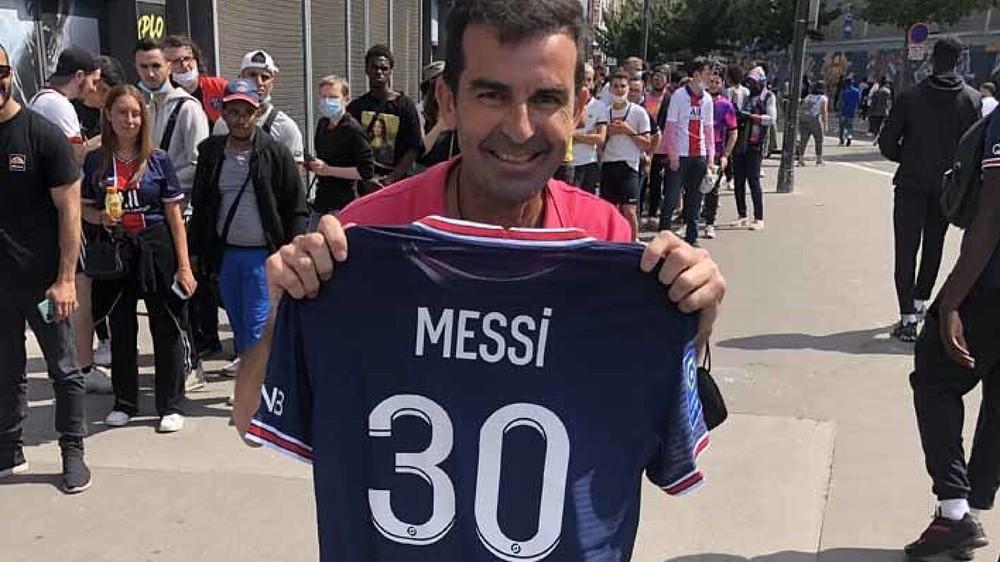 Michael Jordan ăn nên làm ra nhờ sự gia nhập của Lionel Messi ở PSG - Ảnh 4.