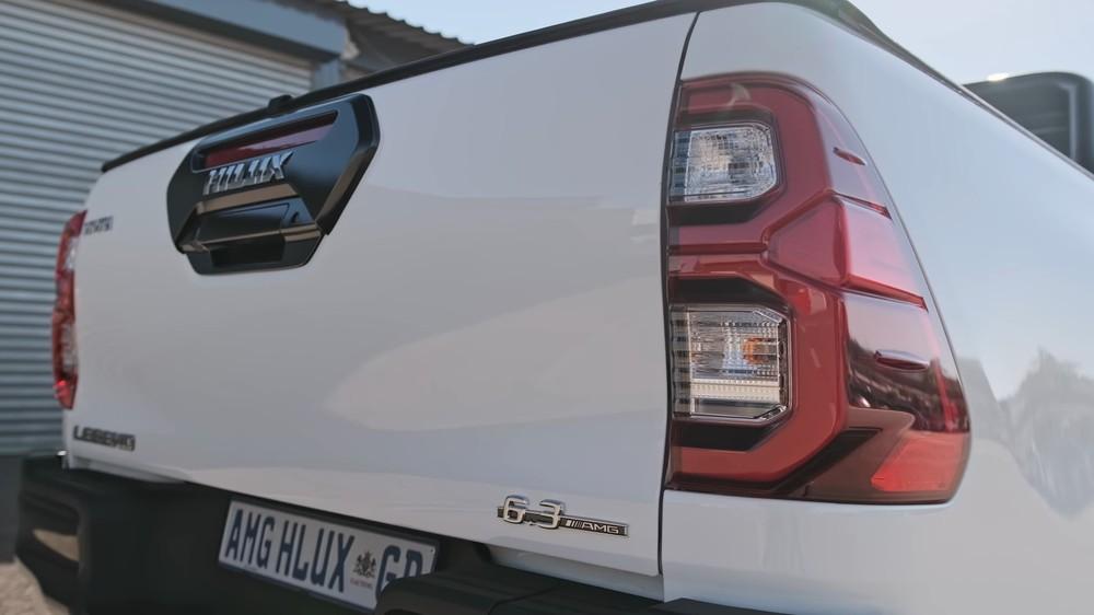 Chiếc bán tải 'hồn Mercedes da Toyota' khiến nhiều người thầm thương trộm nhớ - chuyện gì đã xảy ra? - Ảnh 4.