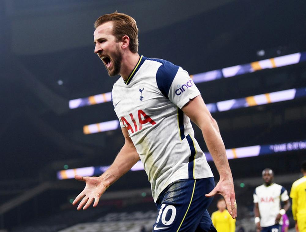 Berbatov: Harry Kane còn ngây thơ nên gặp khó trong việc rời Tottenham - Ảnh 1.