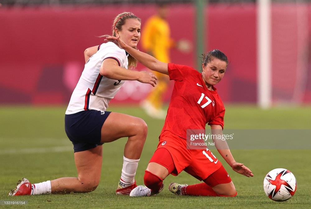 Thất bại vì quả penalty nghiệt ngã, đội tuyển Mỹ chia tay Olympic trong nước mắt - Ảnh 1.