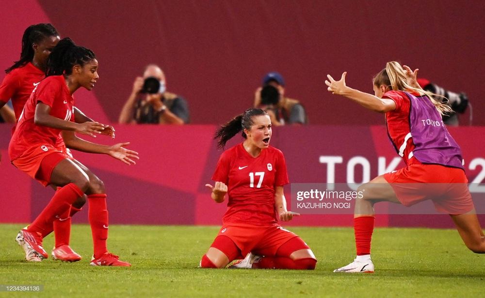 Thất bại vì quả penalty nghiệt ngã, đội tuyển Mỹ chia tay Olympic trong nước mắt - Ảnh 4.