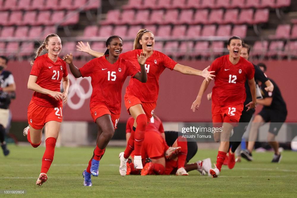 Thất bại vì quả penalty nghiệt ngã, đội tuyển Mỹ chia tay Olympic trong nước mắt - Ảnh 5.