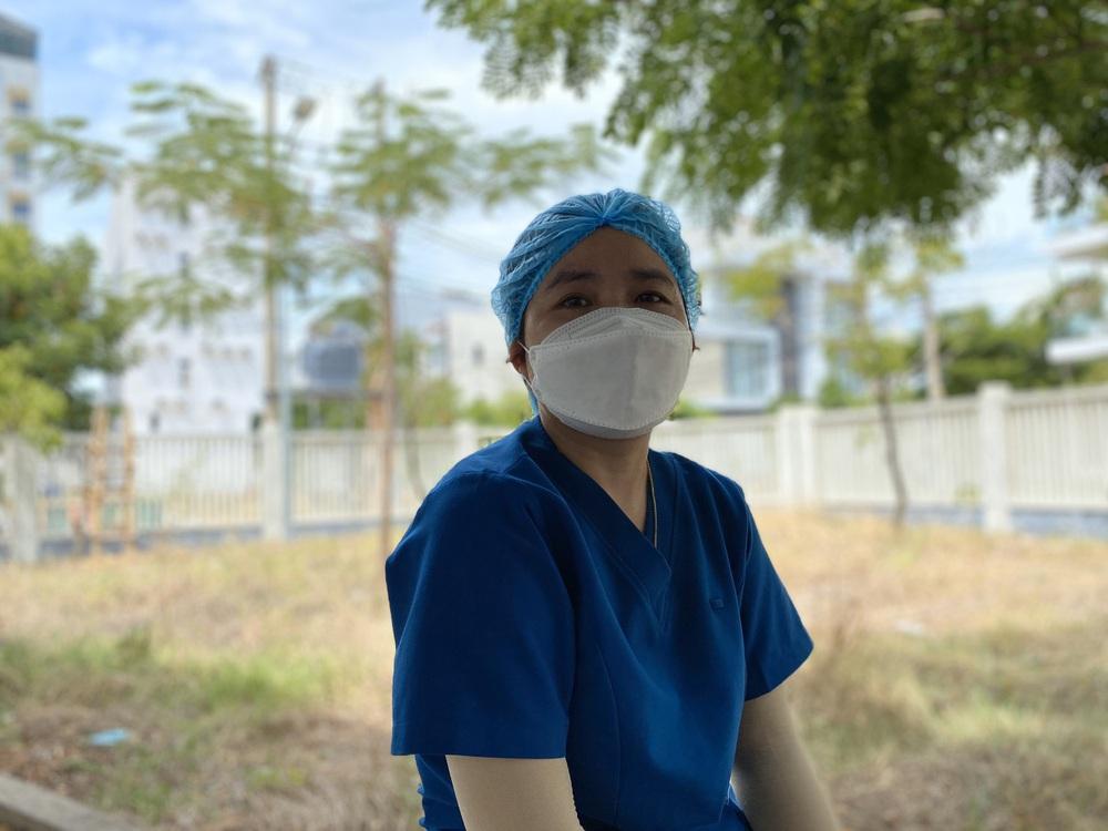Trung tâm Y tế quận Sơn Trà nói gì vụ nữ nhân viên bị cán bộ văn phòng Đoàn ĐBQH và HĐND TP Đà Nẵng tát? - Ảnh 1.