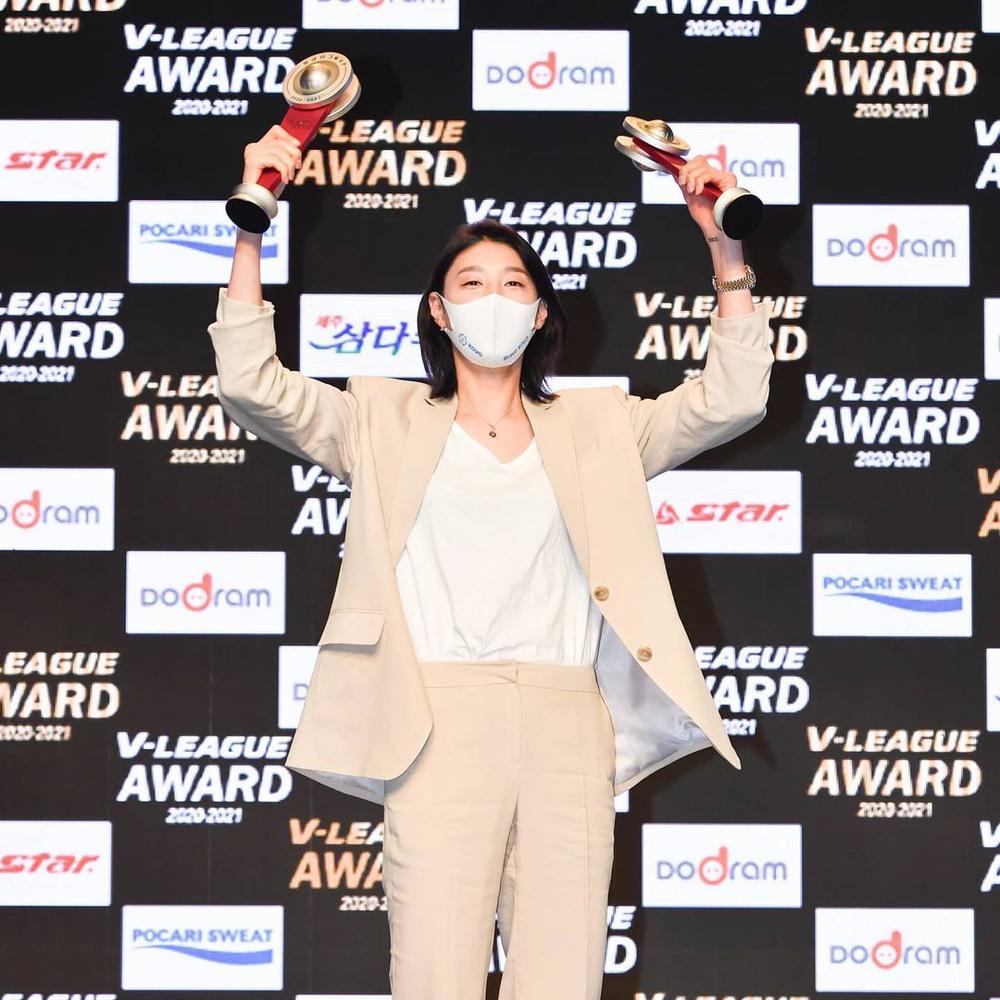 Nữ thần bóng chuyền Hàn Quốc tại Olympic: Cao 1m92, sở hữu tài sản triệu đô - Ảnh 3.