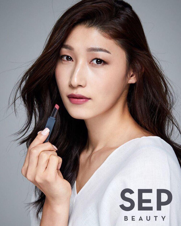 Nữ thần bóng chuyền Hàn Quốc tại Olympic: Cao 1m92, sở hữu tài sản triệu đô - Ảnh 10.