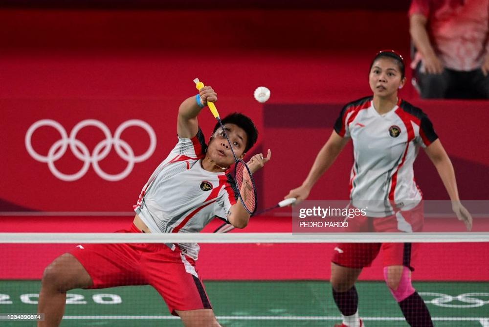 Đôi VĐV Đông Nam Á gây sốc ở Olympic, đánh bại đối thủ Trung Quốc để giành huy chương vàng - Ảnh 1.